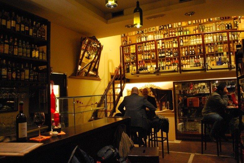 Enoteca Giansanti – Stylish and lively