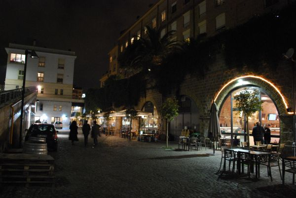 Bars spotted by locals rome for Via paciotti roma