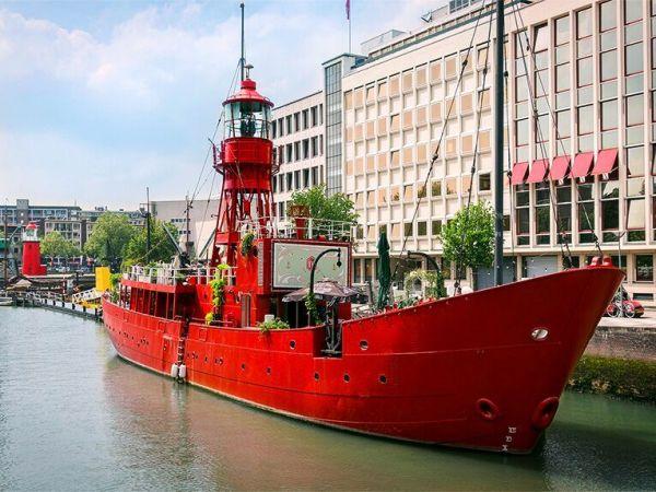 Vessel 11 Rotterdam