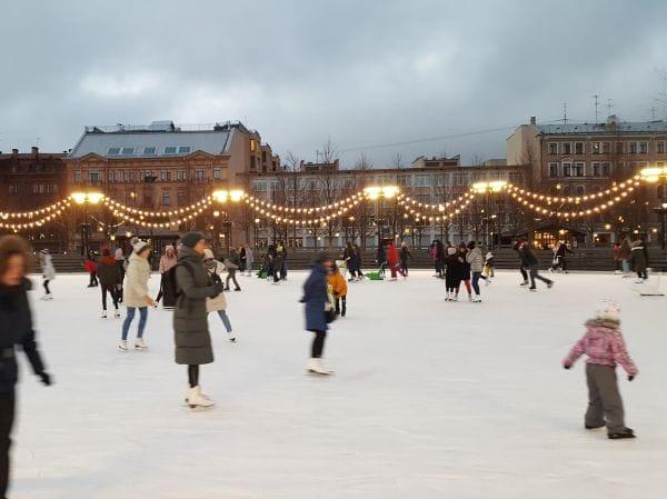 New Holland Saint Petersburg