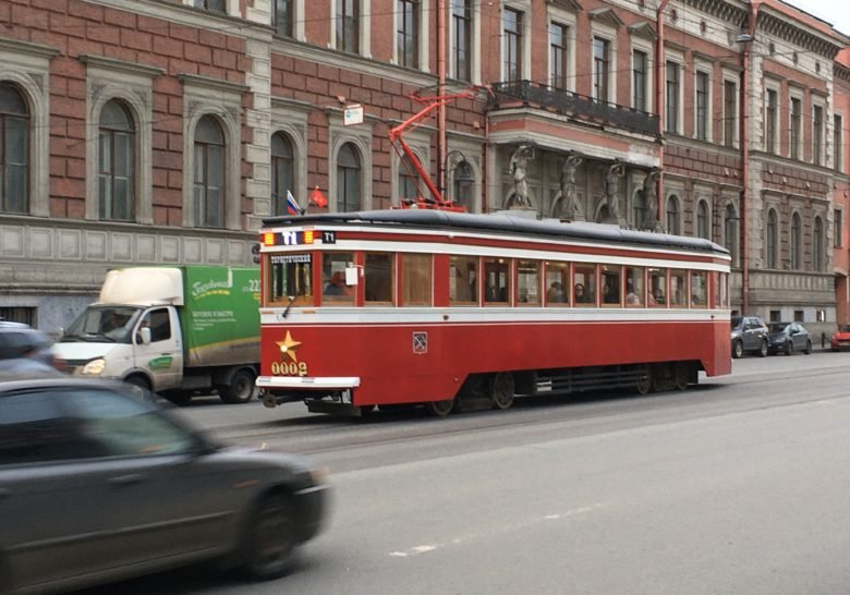 Tourist Tram Number 1 – Electric city excursion