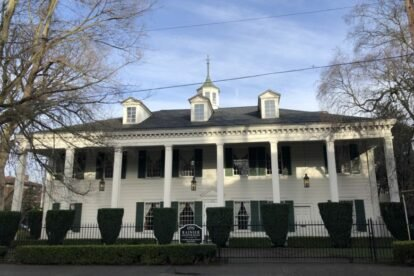 Daughters of American Revolution House Seattle