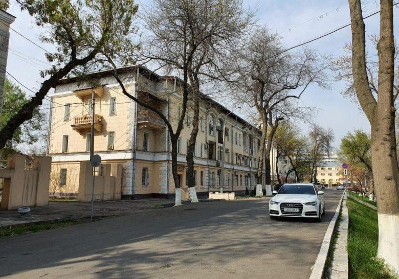 Anhor Canal Waterfront Tashkent