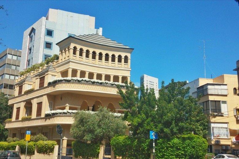 Pagoda House Tel Aviv