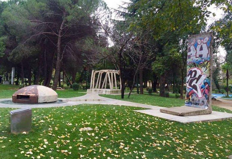 Postbllok - Checkpoint Tirana
