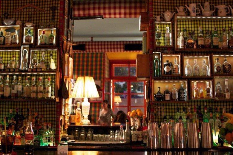 Radio Bar Tirana