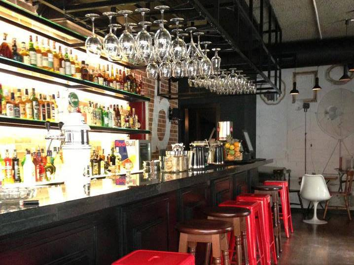 Tribeca Bar – Great cocktails in the very center