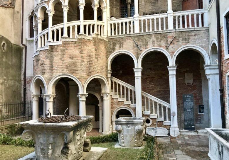 Scala Contarini del Bovolo – Amazing Venetian view
