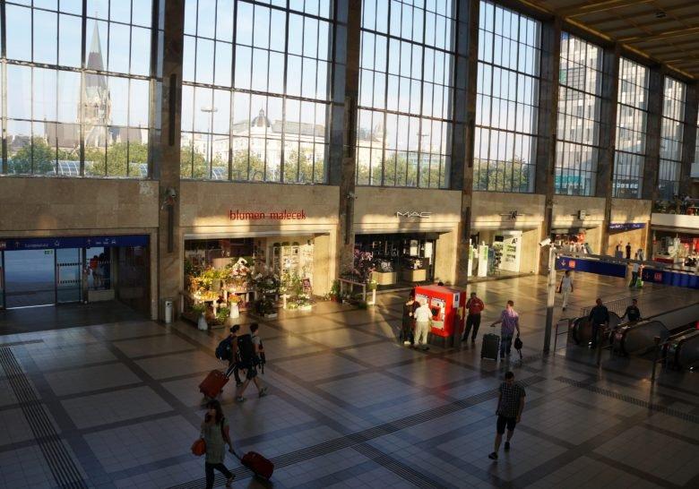 Bahnhofcity Wien West – Let's go shopping!