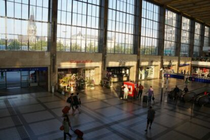 Bahnhofcity Wien West – Let's go shopping!