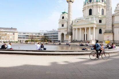 Karlsplatz Pond Vienna