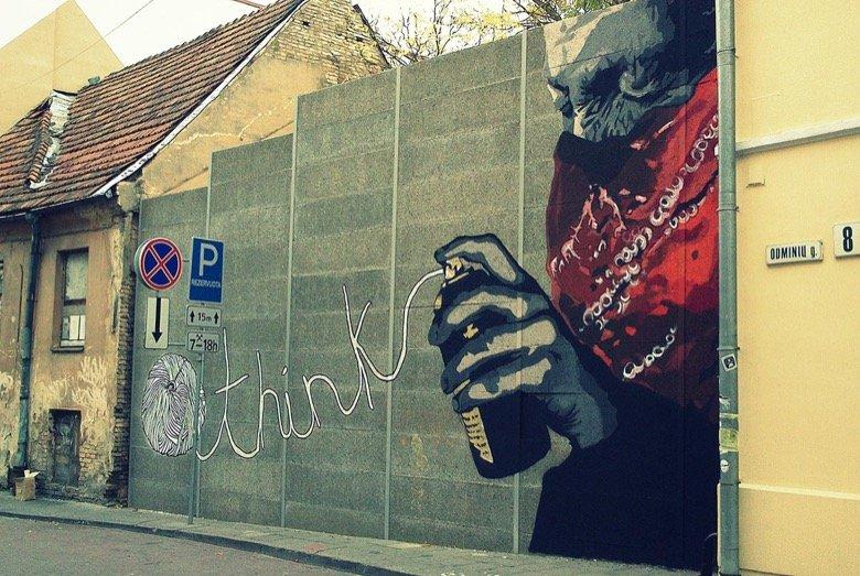 """Mural """"Think"""" Vilnius"""
