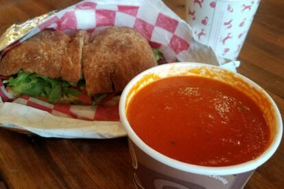 Little Red Fox – Cozy lunch spot