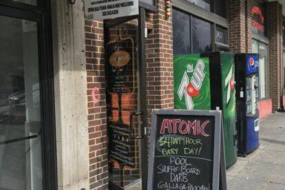 Atomic Billiards – Basement billards and beer