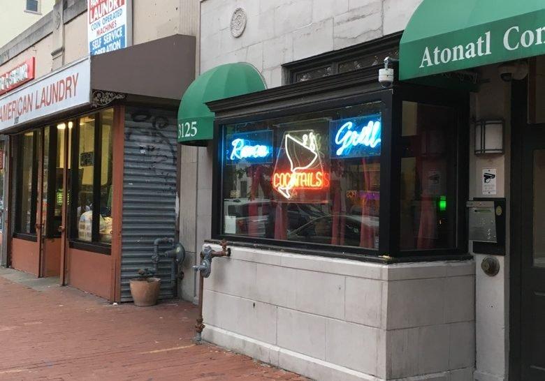 Raven Grill – Where the locals go in Mt. Pleasant