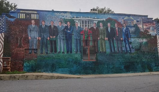 Cool mural of the last US presidents