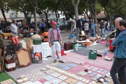 Feira das Almas flea market