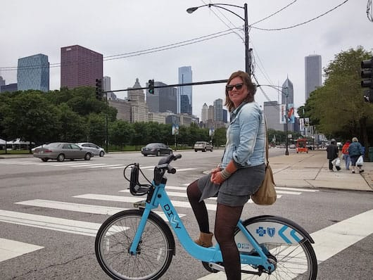 Sanne on Divvy bike