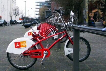 'Velo Antwerpen' bike rent (by jelm6)