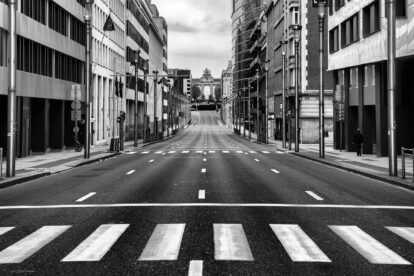 empty street going to Parc de Cinquantenaire