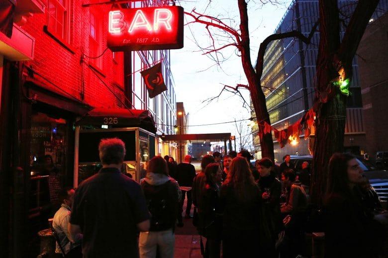 Ear Inn New York bar filming