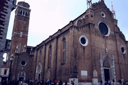 Basilica-dei-Frari-Venice-by-Nicoletta-Bortoluzzi