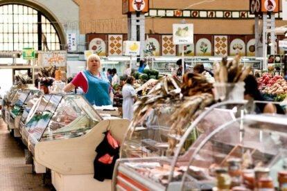 Bessarabka market (by Kievvlast)
