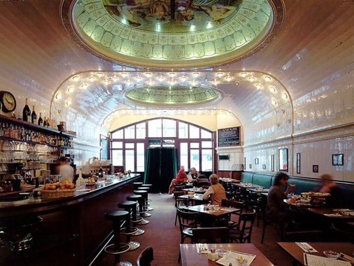 Café Paris - by www.hamburg.de
