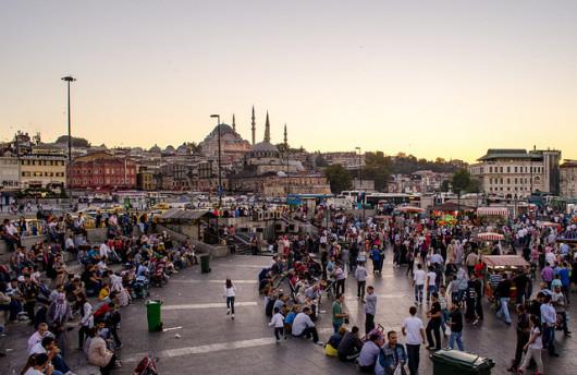 Eminönü Istanbul (by sonic.knight)