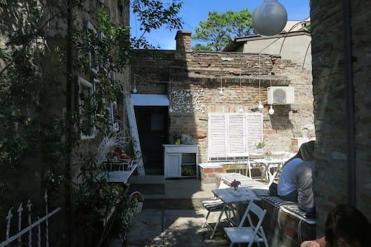 Gnezdo Organic Belgrade