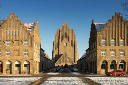 Grundtvig Kirke - by Flemming Ibsen