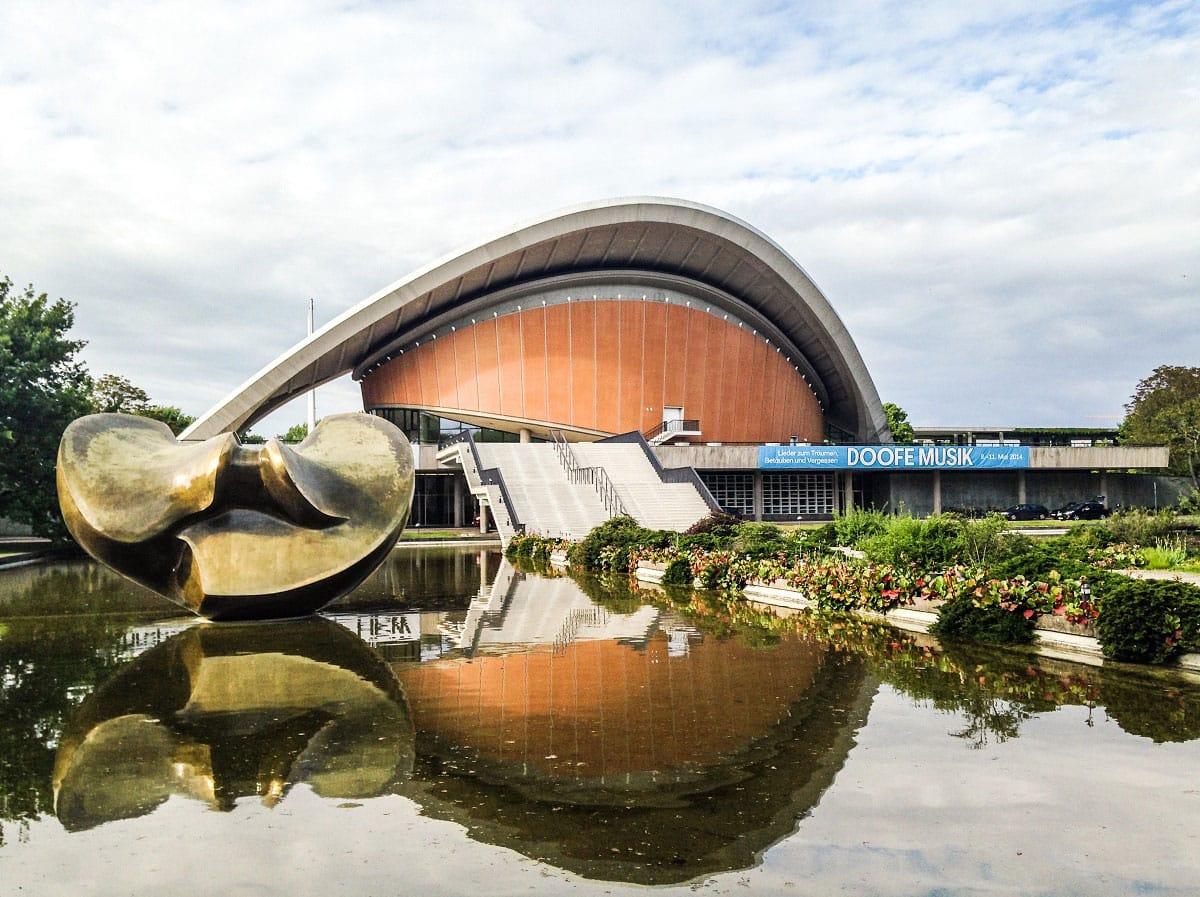 Haus der Kulturen der Welt in the Tiergarten park - by Edoardo Parenti