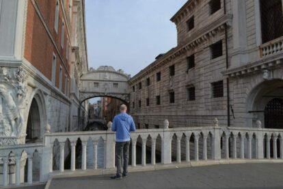 Venice local