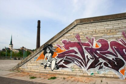 Linnahall Graffiti - by Antti T. Nissinen