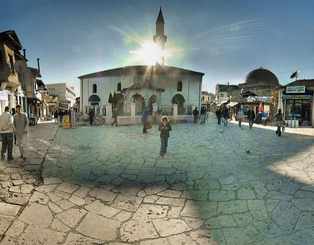 Skopje Old Town - by Panoramas (flickr.com)