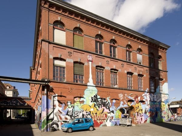 Rote Fabrik - by Hans Hagenmoor
