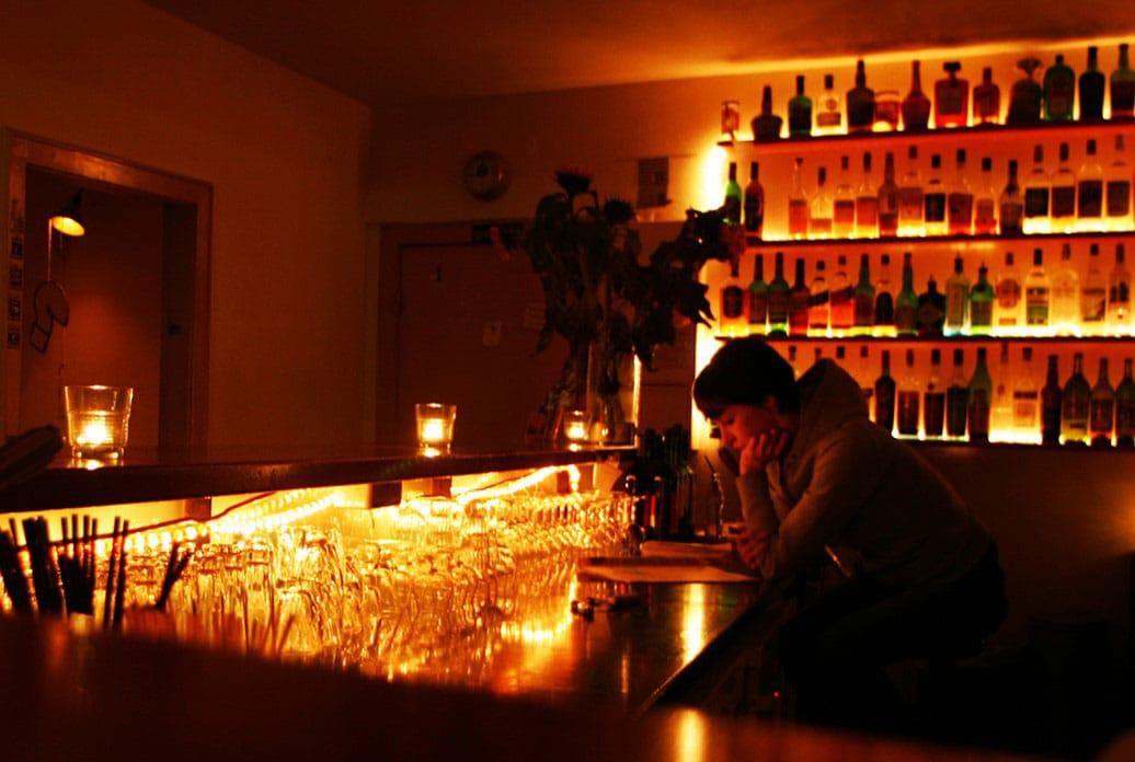 Toast Bar - by Kyra Garske