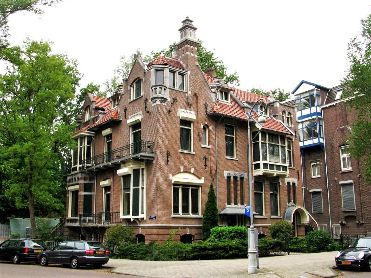 Van Eeghenstraat - by j.labrado