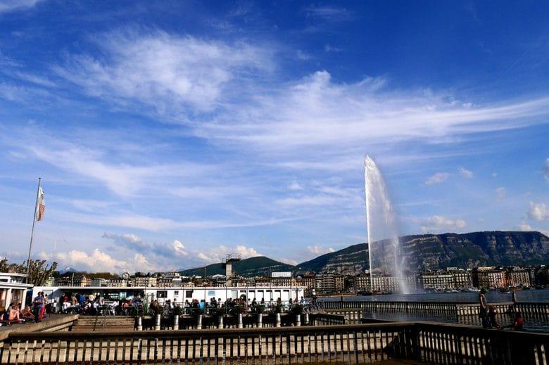 Bains des Pâquis Geneva swimming