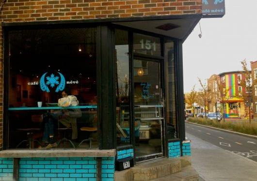 Cafe Neve, Montreal (by Violaine Saint Cyr)