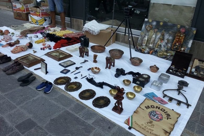 Pazari Rakosyllekton flea markets