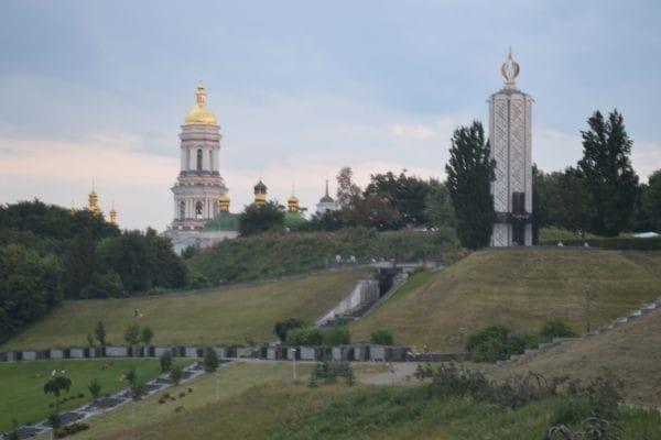 park-of-eternal-glory-kiev-(by-mariia-kashpur)