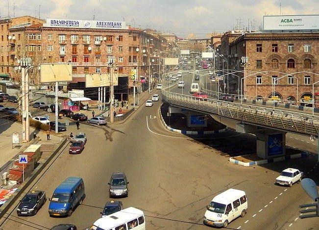 Barekamutyun Underground Crossing Yerevan