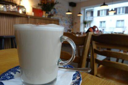 Café du Bonheur – Seasons in the sun