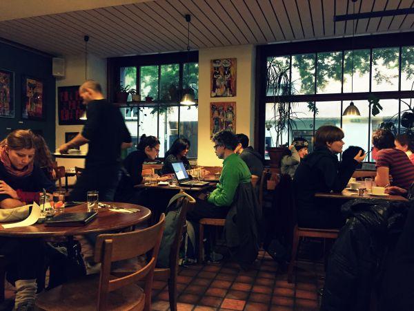 Dating cafe zurich