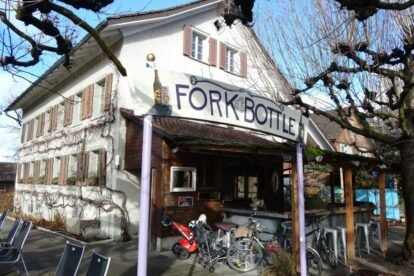 Fork & Bottle – American beer garden